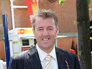 Le Tissier comes out of retirement to sign for Guernsey