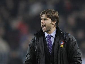Southampton sack Adkins, appoint Pochettino