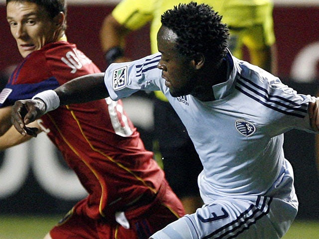 Kei Kamara signs for Norwich