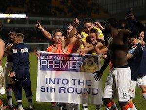 Buckle hails Luton fans