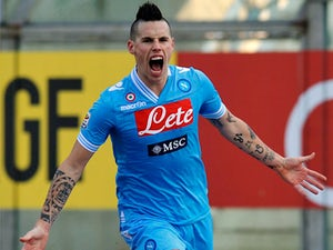 Hamsik signs Napoli extension