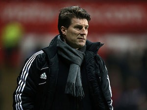 Laudrup: 'Bony will ease pressure on Michu'
