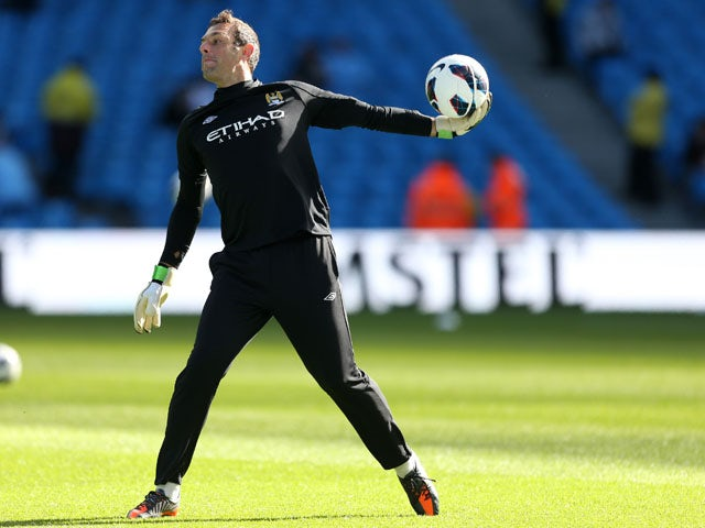 Wright signs new Man City deal
