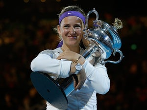 Azarenka suffers foot injury