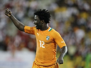 Swansea win race for Bony?