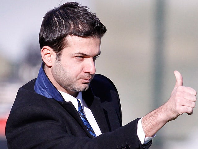 Inter boss Andrea Stramaccioni gives the thumbs up on the touchline during the match against Siena on February 3, 2013