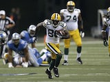 Green Bay Packers wide receiver Donald Driver runs with the ball during his team's match against the Detroit Lions on November 18, 2012
