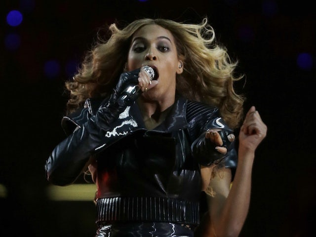 Video: O'Neal mimes to Beyonce performance