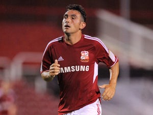 Roberts joins Chesterfield