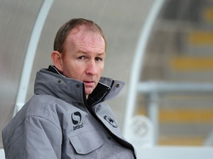Torquay United appoint Alan Knill