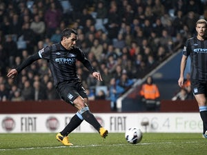 Tevez plays golf after court hearing