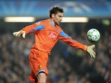 Napoli 'keeper Morgan De Sanctis in action versus Chelsea on March 14, 2012