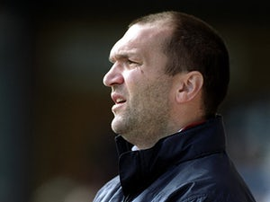 Ruddock: 'Footballers can't enjoy their money'