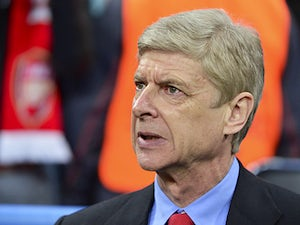 Report: Arsenal to offer Wenger new contract
