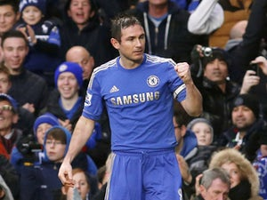 Lampard gives money to homeless man