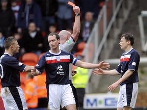 Half-Time Report: Dundee down to 10 men