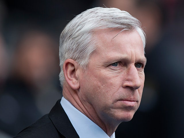 Pardew: 'We need a striker'