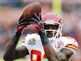Kansas City Chiefs wide receiver Dwayne Bowe makes a catch during a NFL match on December 9, 2012