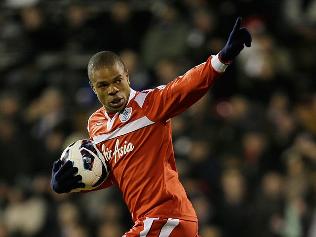Newcastle 'turn back on Remy pursuit'
