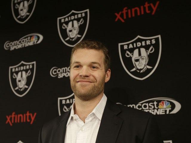 Flynn traded to Raiders
