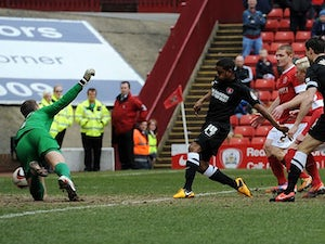 Half-Time Report: Charlton in control against Barnsley
