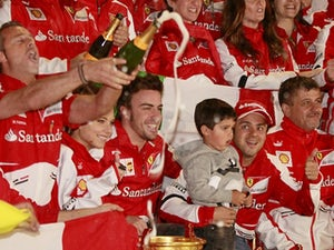 Alonso hails