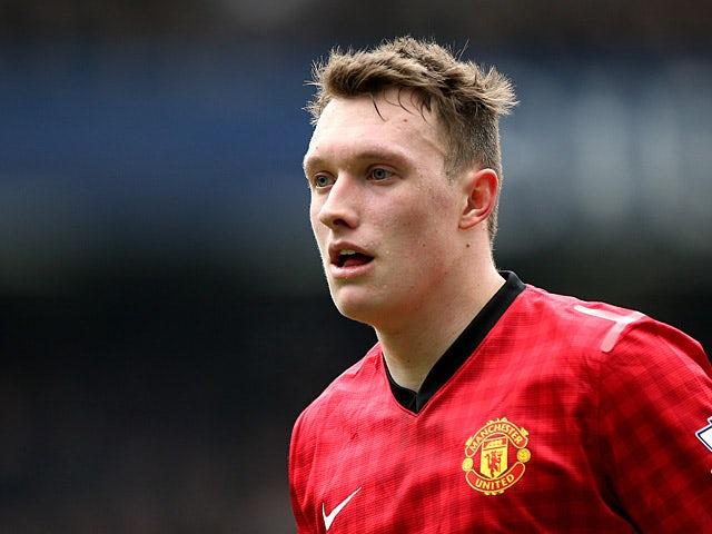 Jones wants United centre-back berth