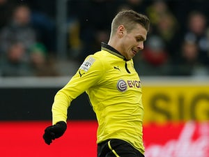 Kehl signs Dortmund extension