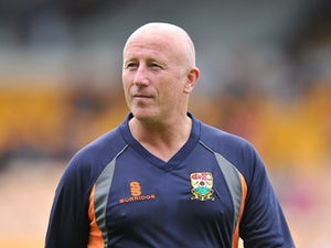 Kenny Brown leaves Barnet