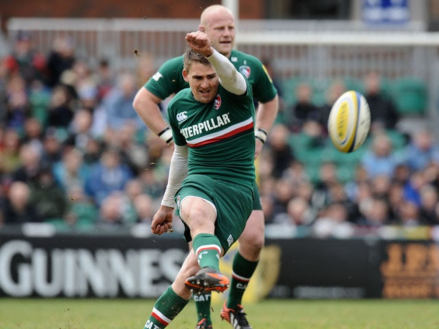 Leicester Tigers' Toby Flood kicks a penallty during the Aviva Premiership Semi Final match against Harlequins on May 11, 2013