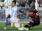 Milan forward Mario Balotelli scores against Pescara on May 8, 2013