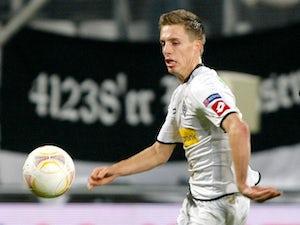 Hrgota scores three as Gladbach smash Mainz