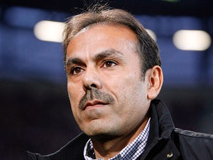 Augsburg's head coach Jos Luhukay on November 6, 2011