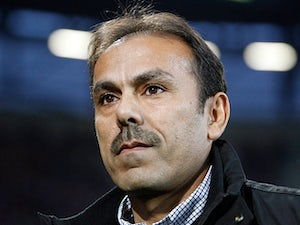 Augsburg's head coach Jos Luhukay on November 6, 2011