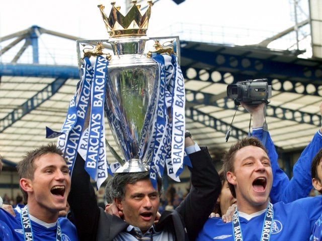 Mourinho celebrates winning a first Premier League title in 2005 with Frank Lampard and John Terry.