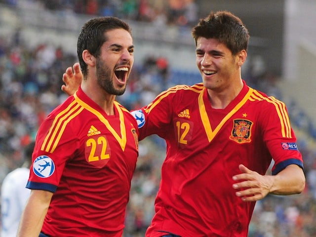 Result: Spain top Group B with comfortable victory