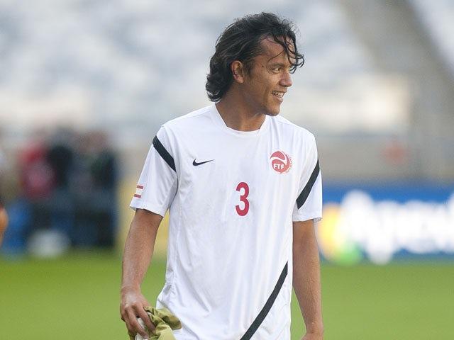 Tahiti's Marama Vahirua kicks the ball during a training session at the Confederations Cup on June 16, 2013