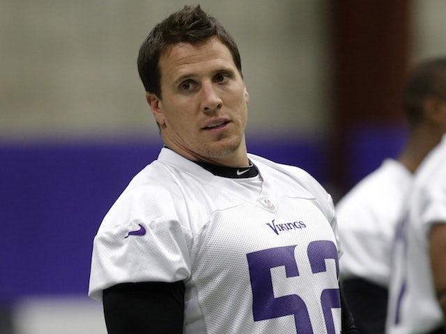 Vikings linebacker Chad Greenway at practice on June 5, 2013