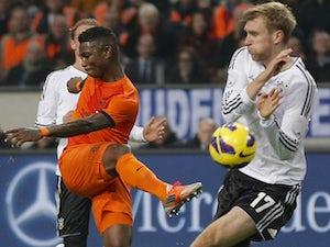 Liverpool rekindle Elia interest
