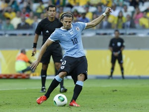Team News: Uruguay continue with three strikers