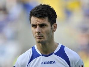 Emir Spahic joins Bayer Leverkusen