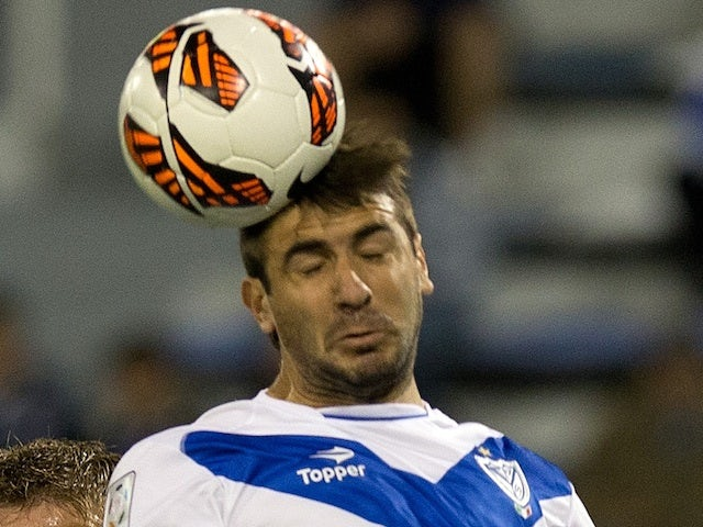 Velez Sarsfield's Gino Peruzzi in action on April 9, 2013