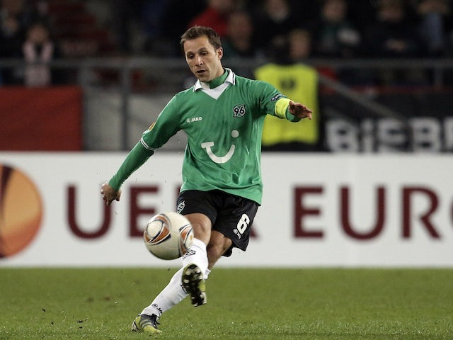 Hannover's Steven Cherundolo in action against Atletico Madrid on April 5, 2012