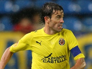 Brentford bring in Villarreal defender