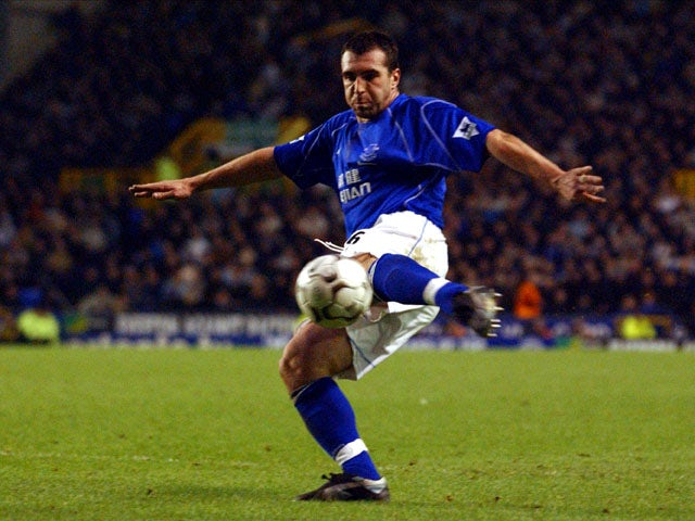 Everton's David Unsworth shoots for goal during the Premier League match against Sunderland on January 18, 2003