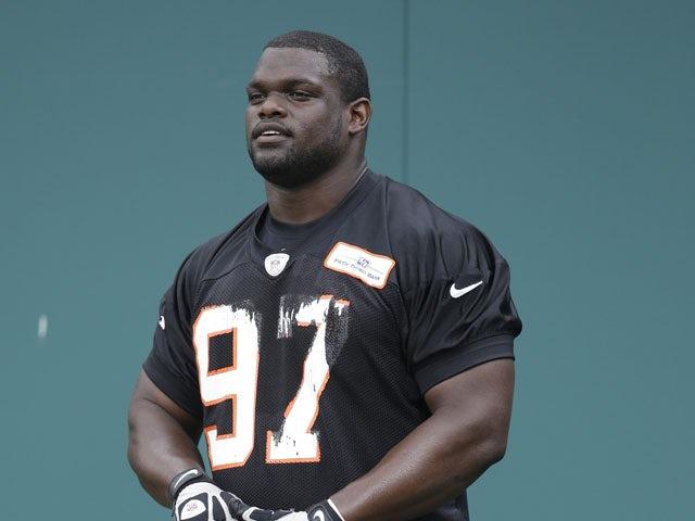 Cincinnati Bengals defensive tackle Geno Atkins rests during the NFL football team's mandatory mini-camp on June 13, 2013