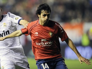 Osasuna's Alejandro Arribas during his side's match against Real Madrid on January 12, 2013