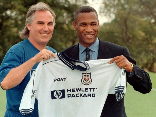 Les Ferdinand is unveiled as a Tottenham Hotspur player.