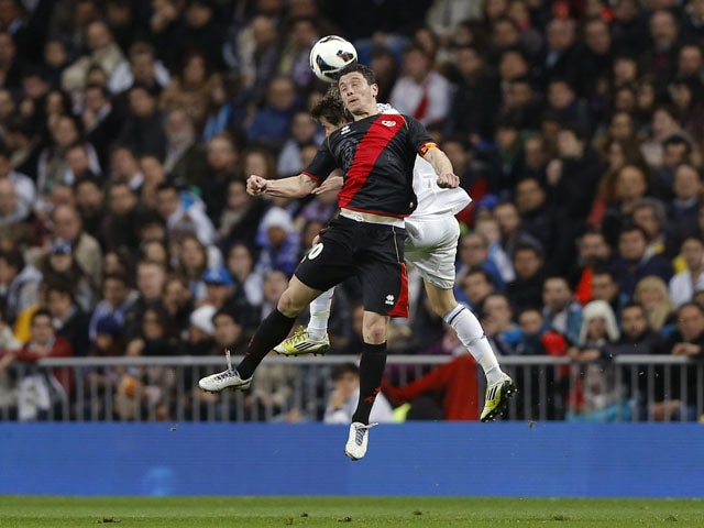 Rayo Vallecano's Piti heads the ball during the La Liga match with Real Madrid on February 17, 2013