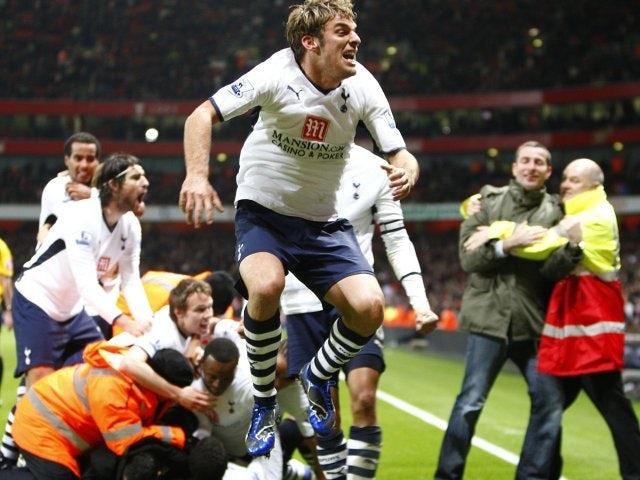 David Bentley celebrates Tottenham Hotspur's equaliser against Arsenal.
